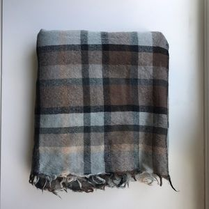 Aritzia Wilfred Plaid Wool Blanket Scarf